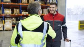 maintenance-repair_customer-talk_1468