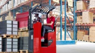 Die neuen Fahrersitzhubwagen von Linde Material Handling im Traglastbereich von 1,2 bis 2,5 Tonnen
